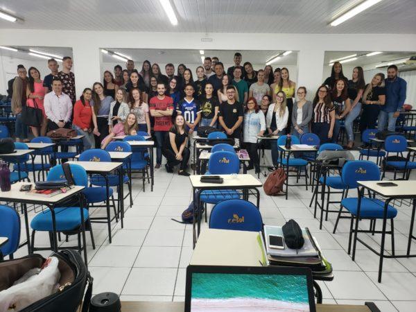 Alunos do 4º período de Direito do Cesul em ação amanhã no Calçadão.