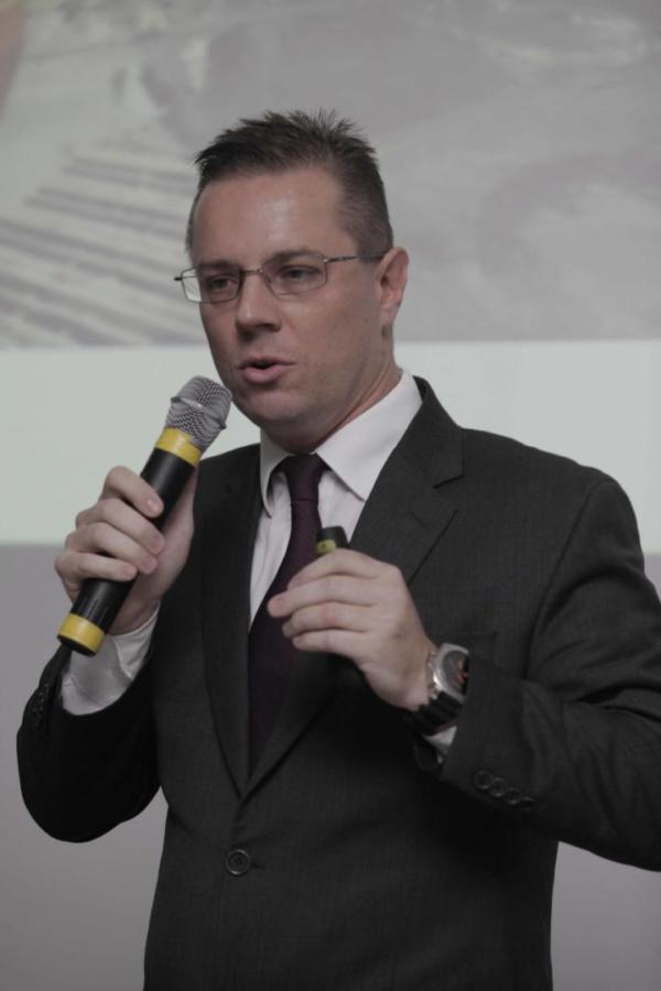 O dr. Marlos Augusto Melek, juiz Federal do Trabalho, do TRT9 (PR), fará a palestra de encerramento do Epic. A partir de agora ele passa a ingressar o corpo docente do Cesul.